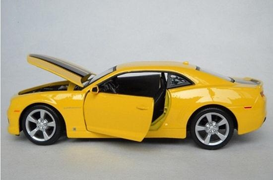 โมเดลรถ โมเดลรถยนต์ รถเหล็ก chevrolet Camaro RS 2010 8