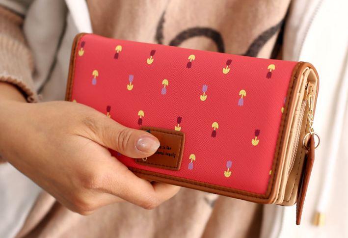 กระเป๋าสตางค์ผู้หญิง กระเป๋าสตางค์ใบยาว หนัง pu แฟชั่น เกาหลี ซิปรอบ ห้อยป้ายหนัง คลาสสิค ลายดอกไม้รอบใบ สีแดง แตงโม 742581_5