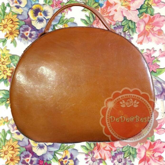 ขายแล้วค่ะ B25:Vintage leather bag กระเป๋าถือทรงกลม หนังแท้ สีสวย วินเทจแฟชั่น Made in Italy !(ส่งฟรีคร่าาาาา...)!&#x2764