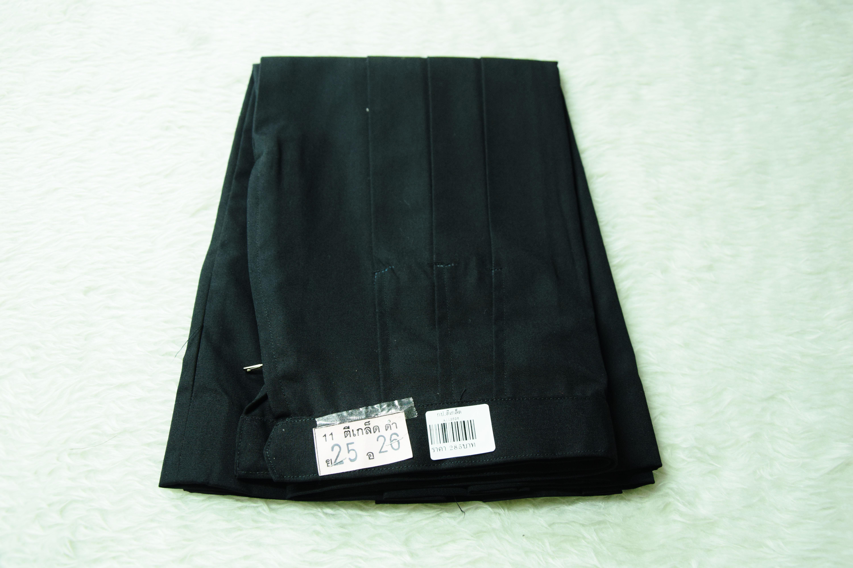 ( มาตราฐาน Muangdek ) กระโปรงนักเรียนมัธยม ตีเกล็ด สีดำ