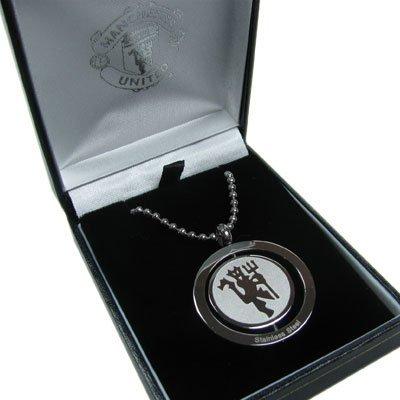 """สร้อยคอ ที่ระลึก แมนยู พร้อมกล่องใส่ สวยหรู ของแท้ จากอังกฤษ Manchester United FC. Stainless Steel Spinner Pendant and 21"""" Chain สำหรับสวมใส่ เป็นของฝาก ที่ระลึก สะสม แด่คนสำคัญ"""