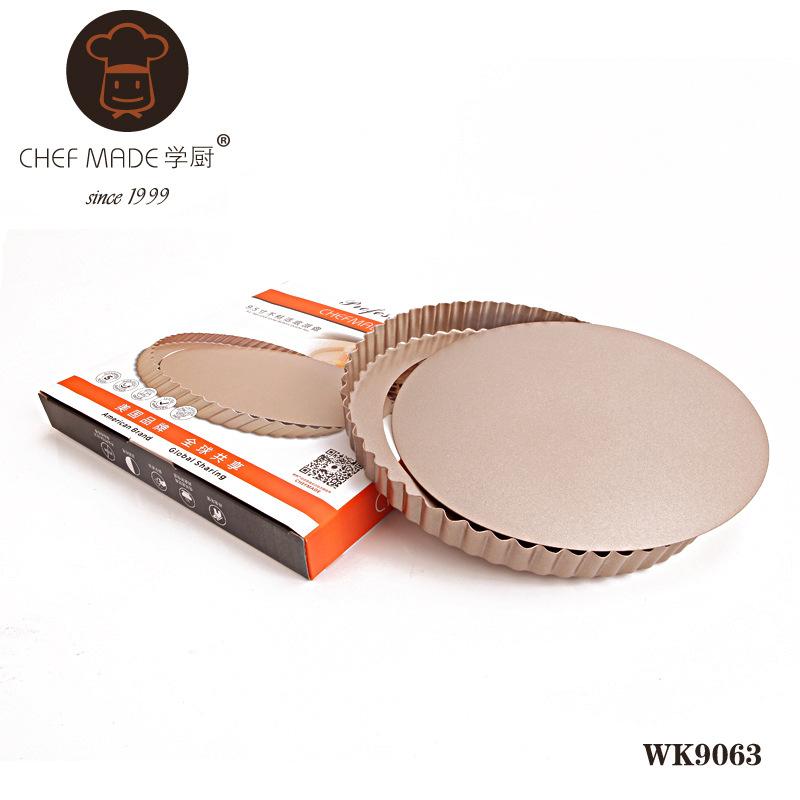 Chef Made แม่พิมพ์พิซซ่า ขอบหยัก เทฟล่อน สีทอง 9.5 นิ้ว