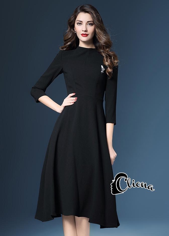 ชุดเดรสเกาหลี พร้อมส่งPre Winter Black Long Dress