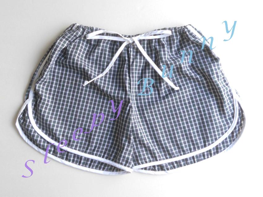 คุณธันยพร CF ค่ะ bx43 กางเกงขาสั้น boxer ผู้หญิง ลายสก็อต สีเขียวกรมท่า free size (S, M, L)
