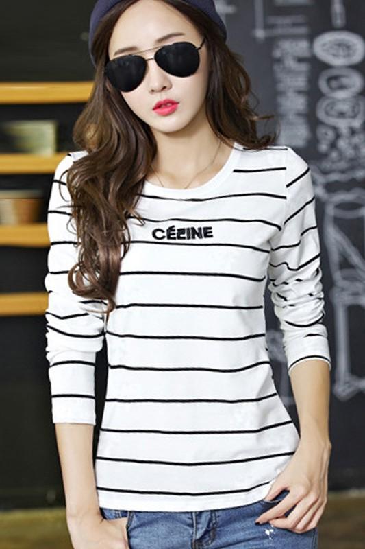เสื้อแฟชั่น เสื้อยืดแฟชั่น พร้อมส่ง สีขาว ลายทาง แขนยาว ผ้าเนื้อนิ่ม ใส่สบาย แฟชั่นมาใหม่สไตล์เกาหลี