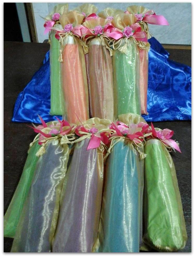 ร่มกันยูวี คละสี แพคถุงผ้า ฟรีแท็ค