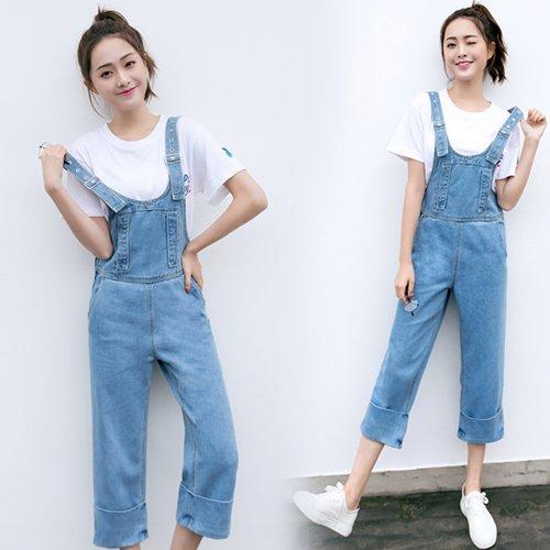 OW6005004 กางเกงยีนส์เอี้ยมย้อนยุคสีฟ้าอ่อนขากว้างแฟชั่นเกาหลี (พรีออเดอร์) รอสินค้า 3 อาทิตย์หลังโอนเงิน