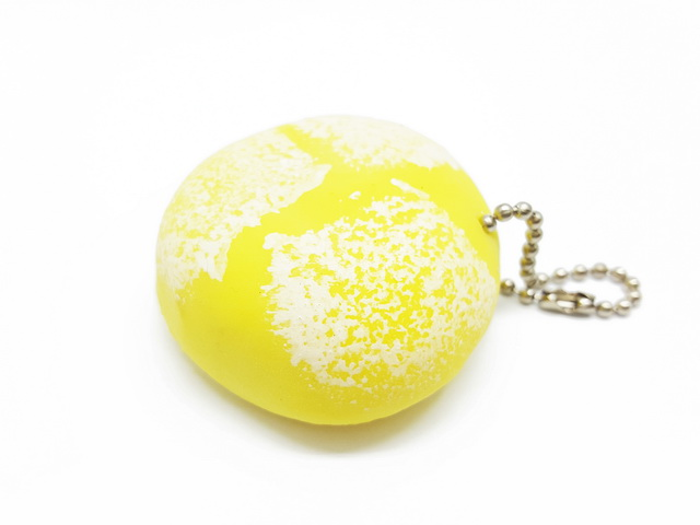 Ca552 Squeez toy โมจิยืด สีเหลือง ขนาด 4 CM