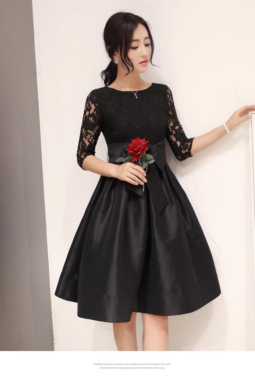 ชุดเดรสสั้นสีดำ ผ้าลูกไม้ผสมผ้าไหมเกาหลี แขนยาว ลุคเรียบๆ สวยน่ารัก ราคาถูก
