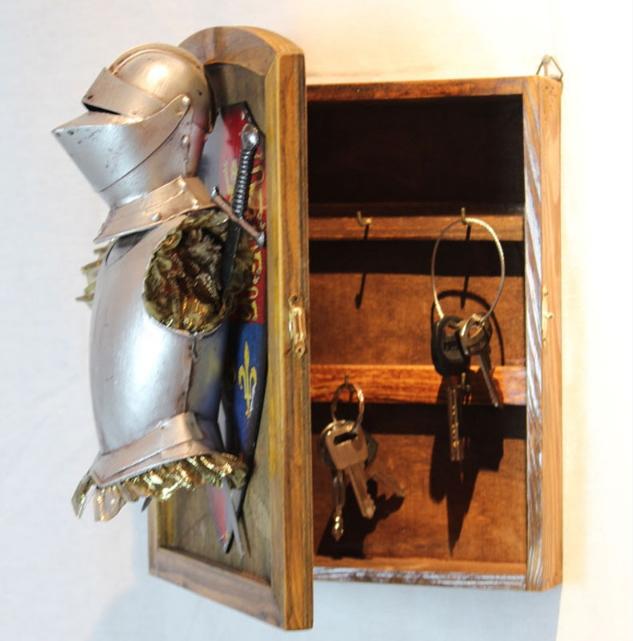 กล่องเก็บกุญแจอัศวิน
