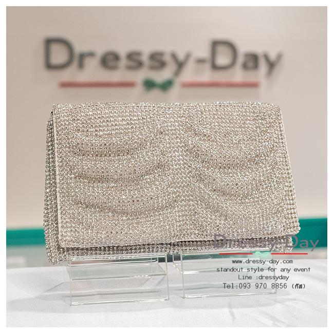 กระเป๋าออกงาน TE007: กระเป๋าออกงานพร้อมส่ง สีเงิน เพชร 3 ด้าน สวยหรู ไฮโซสุดๆ ราคาถูกกว่าห้าง ถือออกงาน หรือ สะพายออกงาน สวย หรู เริ่ดที่สุด