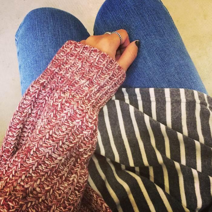 (SALE) เสื้อแฟชั่นลายทางยาว สีเทา
