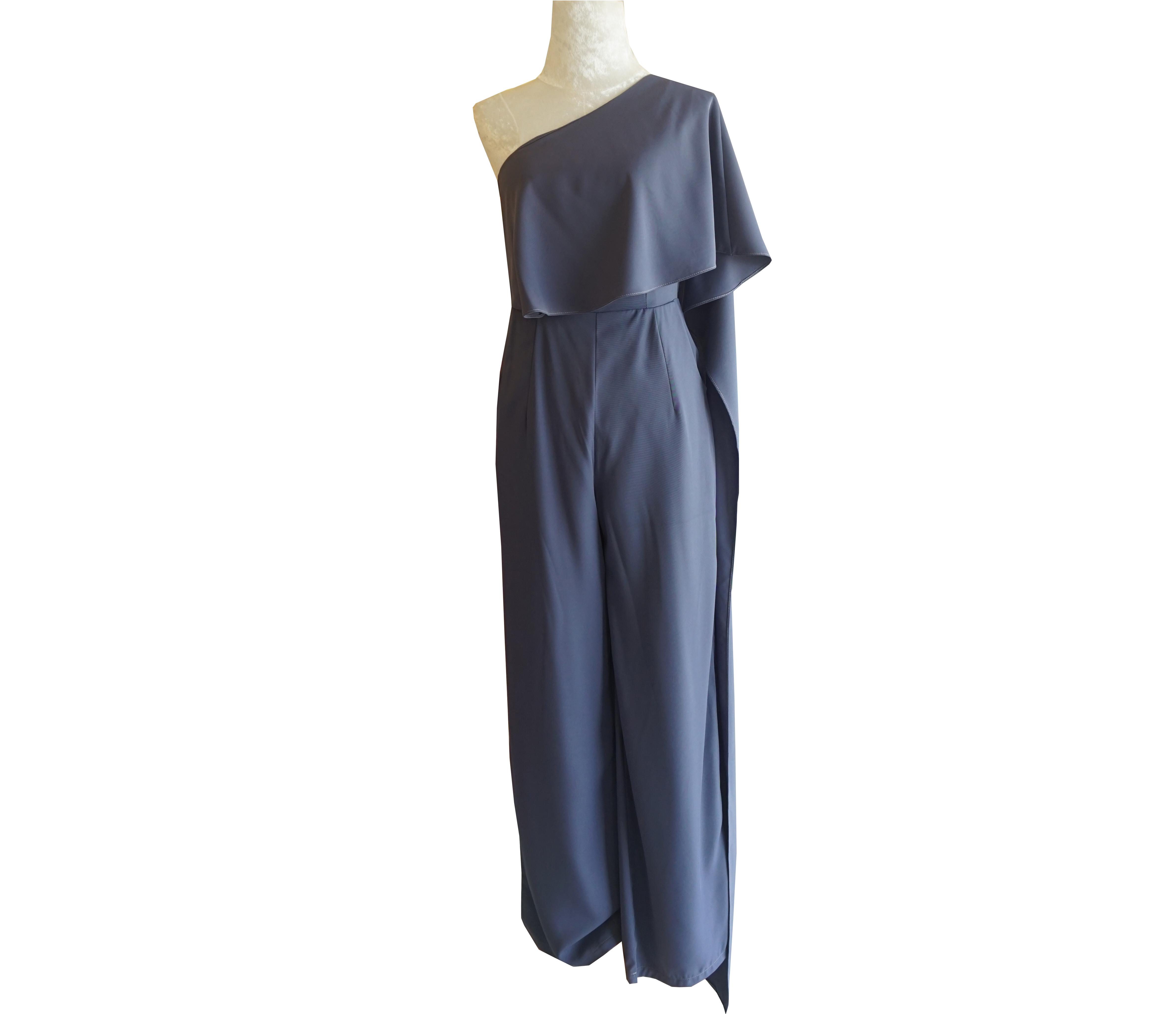 ชุดจั๊มสูทกางเกงขายาวสีฟ้าคราม ไหล่เฉียงสไบข้าง : สินค้าพร้อมส่ง S M L