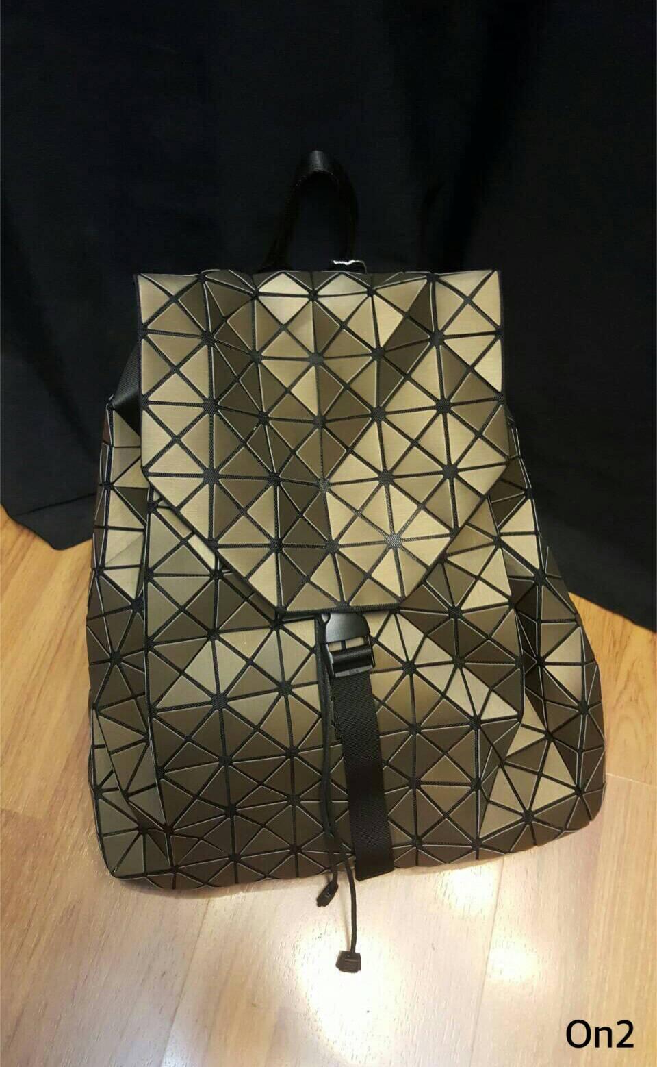 ISSEY MIYAKE BACKPACK กระเป๋าเป้ทรงขนมจีบใบใหญ่