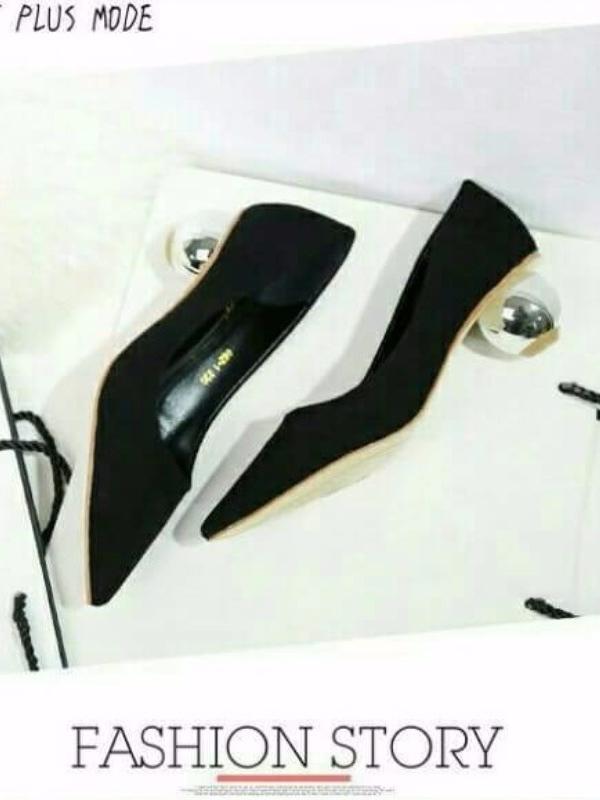 รองเท้าคัทชูส้นกลม หัวแหลม ทรงสุภาพ (สีดำ )