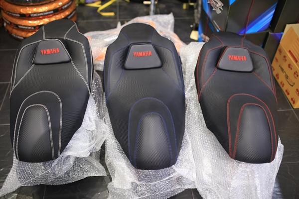 เบาะYamaha Aerox โครงเทียม ราคา1600