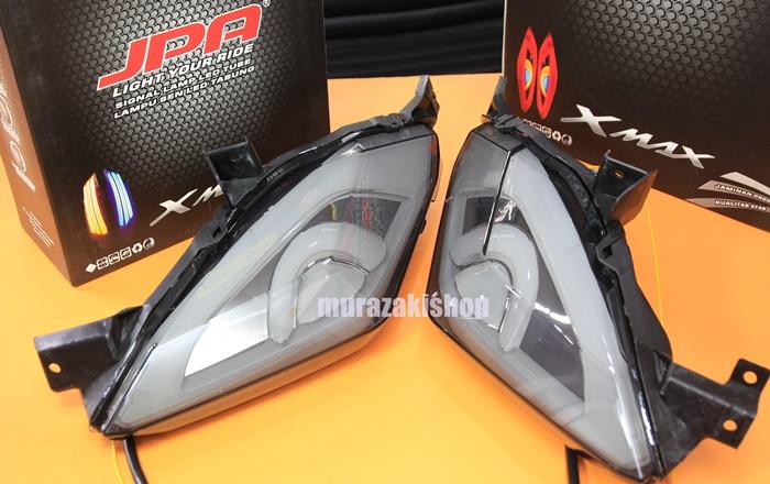 ไฟท้ายมีไฟเลี้ยวในตัว JPA YAMAHA X-MAX LED 4,750
