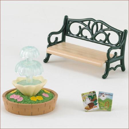 ซิลวาเนียน ม้านั่งกับน้ำพุ Sylvanian Families Bench & Fountain