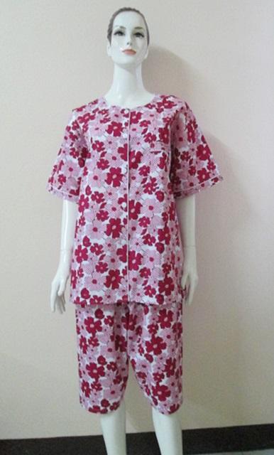 ชุดนอน(ญ) ขาสามส่วน ผ้าCotton ไซส์ใหญ่ สีขาว แบบลายดอก (เสื้อรอบอก 50 นิ้ว)ไซส์ 3L