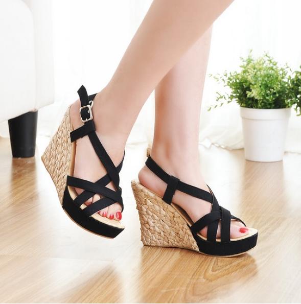 Preorder รองเท้าแฟชั่น สไตล์เกาหลี 30-43 รหัส MP-9989