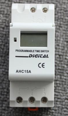 เครื่องตั้งเวลาดิจิตอล ตัวตั้งเวลา รายวัน รายสัปดาห์ ติดตั้งแบบ Din Rail Digital timer 15A 12V DC มีแบตเตอรี่ lithium และรีเลย์ ในตัว