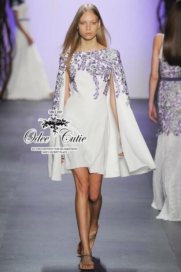 Tadashi Shoji violet embroidery dress เดรสแบรนด์เนม ดีเทลปักดอกไม้บนผ้า งานปักแน่นสวย ตัดต่อเป็นผ้าคลุม มีซิปด้านข้างค่ะ ทรงสวยเหมือนแบบ Odee&Cutie นำเข้าสินค้า Premium quality Korea สาวๆพลาดไม่ได้นะคะ cutting เนี๊ยบประณีตการันตีคุณภาพค่ะ
