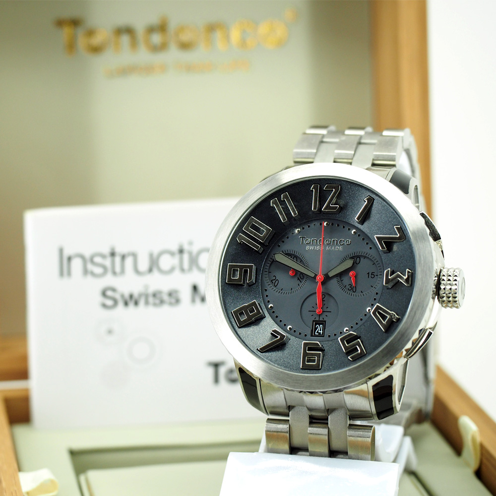 Tendence Swiss Made Steel Bracelet Watch - Silver / Red