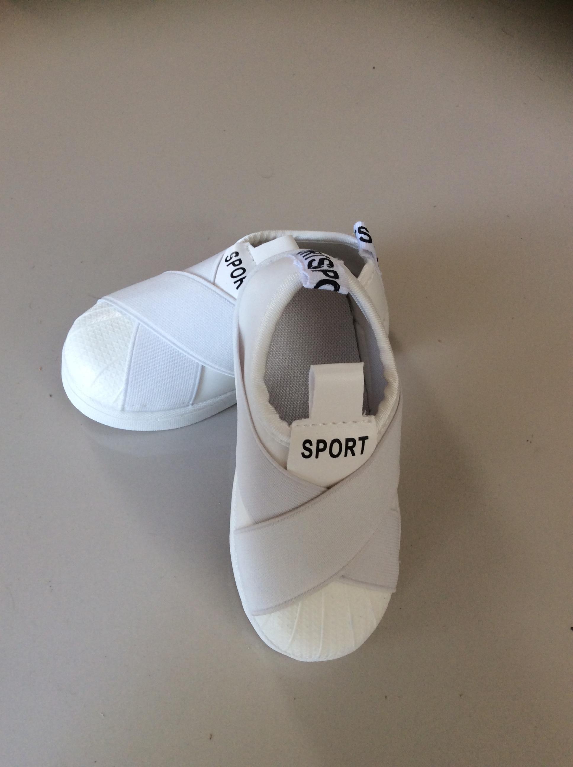 รองเท้า SPORT SLIP ON