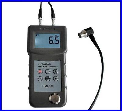 เครื่องวัดความหนาโลหะ เครื่องความหนาวัสดุแบบอัลตราโซนิค Digital LCD Ultrasonic Thickness Gauge Meter Tester UM6500 (สินค้า Pre-Order 2สัปดาห์)