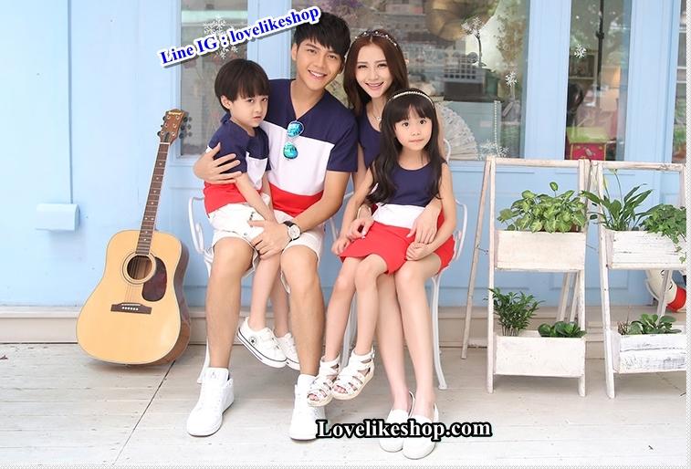 ชุดเซตพ่อแม่ลูกชาย ชายเสื้อยืด+ หญิงเดรสแขนกุด+เด็กชายเสื้อยืด แต่งลายแถบสีกรมขาวแดง +พร้อมส่ง+