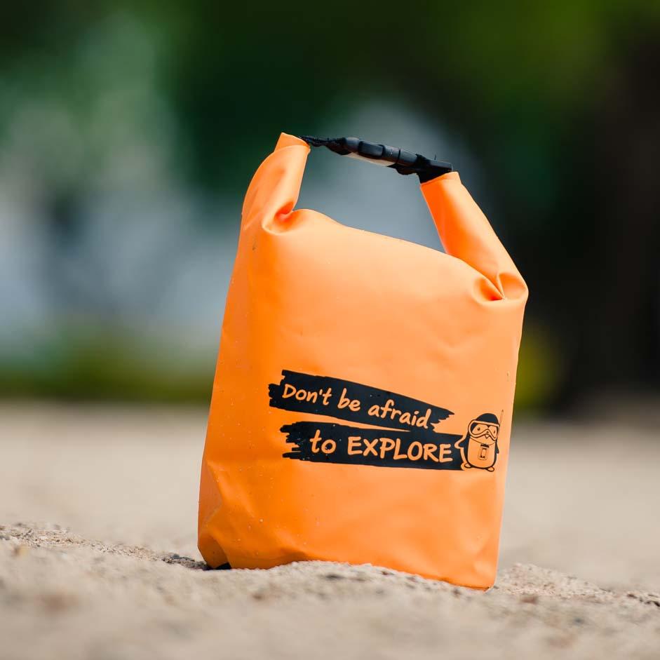 กระเป๋ากันน้ำ ถุงกันน้ำ Penguin Bag ขนาด 5 ลิตร สีส้ม