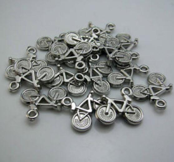 Bicycle Bead อะคลีริค ขนาด 15x21 ม.ม / 100 ชิ้น