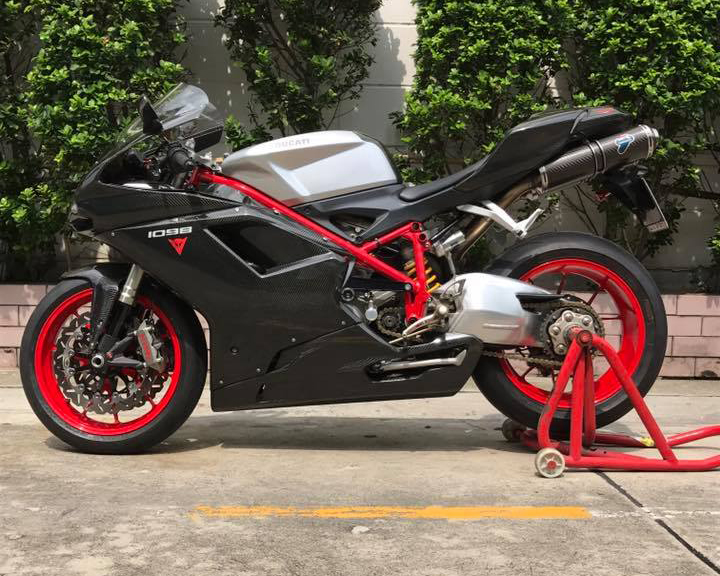 Ducati 1098 สีดำ