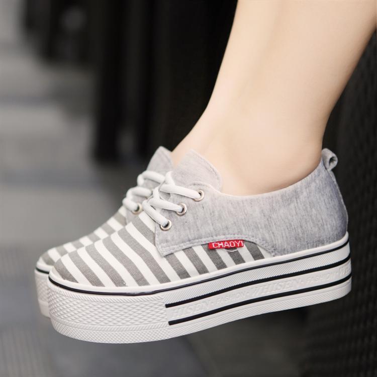 CHAOYI รองเท้าแฟชั่นผ้าใบพื้นหนาโทนสีเทาไซส์ 38 สินค้าจริงตามแบบนะค่ะ