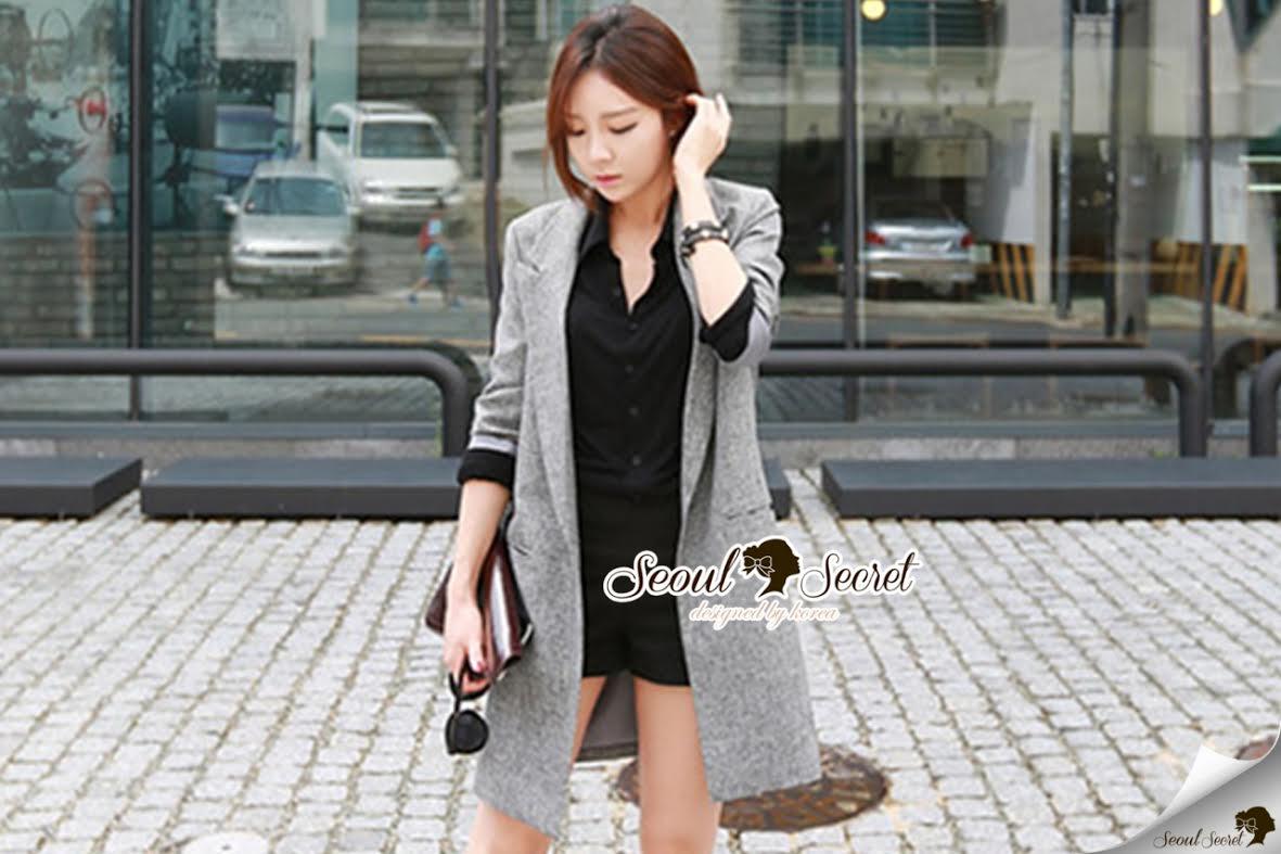 Seoul Secret Autumn Winter Gray Outer Suit เสื้อสูททรงเรียบหรู เนื้อผ้าคอตตอนสีเทาขึ้นทรงสวยอย่างดีค่ะ สีสวยดูคลาสสิก อินเทรน mix & match ได้หลายแบบเลยค่ะ งานตัดเย็บสวยใส่ทำงานเหมาะมากค่ะ