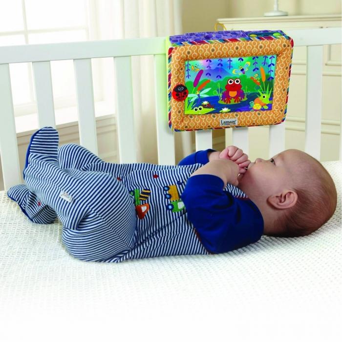 กล่องเพลง Lamaze Pond Symphony Crib Soother กล่องเพลงติดเตียง มีเพลง มีแสงไฟ ต่อกับ iPod iPhone MP3 ได้