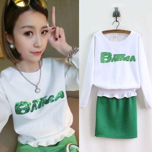 ++สินค้าพร้อมส่งค่ะ++ ชุดแฟชั่นเซ็ทเกาหลี เสื้อคอกลม แขนยาว แต่งดิ้นด้านหน้า Batma จั้มรอบเอว+กระโปรงสั้น จั้มเอว น่ารัก – สีเขียว