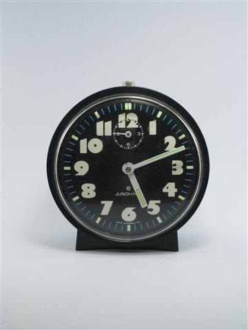 U743 นาฬิกาปลูก Junghans เดินดีปลุกดี ส่ง EMS ฟรี