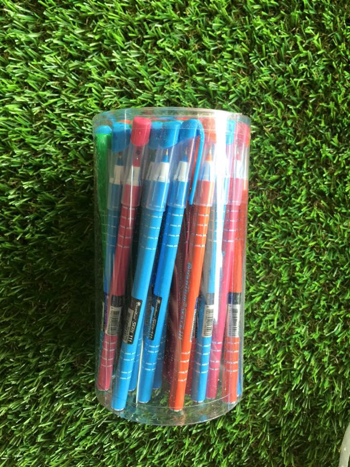 ปากกา quantum skate111 (ขายส่ง 130 บาท/กระป๋อง 50 ด้าม)