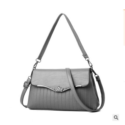 พร้อมส่ง กระเป๋าผู้หญิงใบเล็ก แฟชั่นสไตล์เกาหลี เรียบหรู Yi-1701 สีเทา 1 ใบ