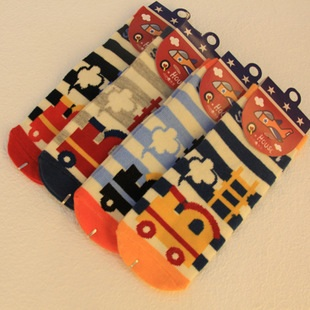 U037-13**พร้อมส่ง** (ปลีก+ส่ง) ถุงเท้า Q House แฟชั่นเด็กโต(3-6 ปี) มีกันลื่น เนื้อดี งานนำเข้า ( Made in China)